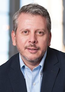 Dr Kurt Merkelz